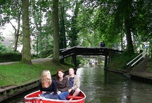 Giethoorn / Giethoorn village with no roads only boats canals Come boating