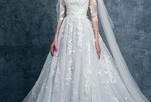 Gown wedding dress
