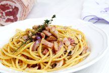 Pasta / Pasta in allen Farben und Formen