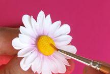 Květiny z fondánu