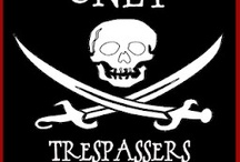 Dans les bas-fonds de Tortuga / Quelques inspirations pirates, corsaires, etc.