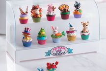 Hallmark's Keepsake Cupcakes / This delicious looking and cute series is the monthly offering from Hallmark in 2015-2016.