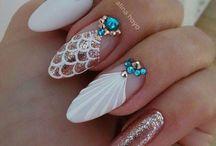 manicure!!!