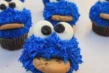 Cakes / by Kristen Lowman