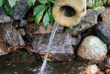 Vesiaiheet / Vesiaiheet tuovat puutarhaan uuden elementin lisäksi ihanan äänimaailman.