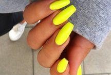 Neon Manicure // Neonowy manicure