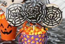 Halloween Food & Fright! / Treats and everything Halloween.
