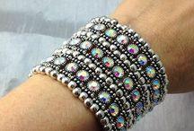 Sparkling Fashion Jewelry