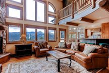 Four Goodness Sakes / Planning your vacation to the Mountains but you need more space for your group? Check out these spacious four bedrooms homed offered for rent through Summit Mountain Rentals.
