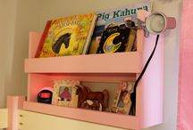 Bunk bed shelf