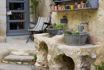 Outdoor projects - Rabbit Hill / by Cat Bude