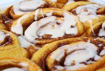 Recipes--Yeast Breads / wheat breads -- white breads -- dinner rolls -- sweet rolls -- easy bread recipes