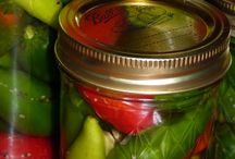 Pickling and Relishes - Preserving The Harves / How to pickle and make relishes from your garden produce