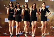 KARA / Gyuri, Hara, Nicole, Seungyeon, Jiyoung. Bias: Jiyoung&Gyuri