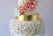 Wedding Cakes by Icing and Crumbs / https://www.facebook.com/icingandcrumbs