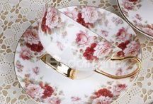 So very pretty cups and saucers