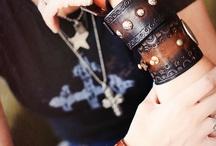 šperky z kůže