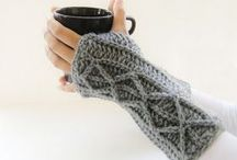 Crochet Fingerless Gloves Patterns / Sharing some simple and amazing Crochet Fingerless Gloves Patterns and Designs with all crochet lovers!