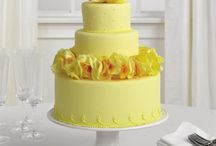 yellow wedding cakes / by Robin Koelling