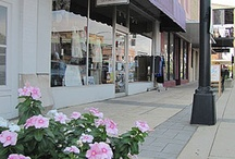 Downtown Starkville / Welcome to Downtown Starkville, MS where you'll find eclectic shopping, New Southern cuisine and a few handshakes.