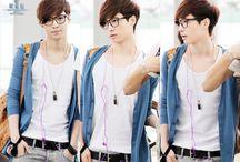 ♥Zhang Yixing (Lay)♥