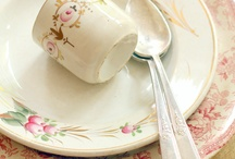 vintage and cute crockery  ♥ / jars, glass, ceramic, porcelain, enameled , cottage, vintage and so pretty crockery