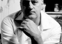 Марк Демстедер / Марк Демстедер (Mark Demsteader, р. 1963) – современный английский художник-фигуративист. Биография, картины: http://contemporary-artists.ru/Mark_Demsteader.html