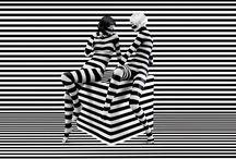 Stefan Sagmeister / Stefan Sagmeister es un diseñador gráfico y director de arte austriaco. Fundó Sagmeister, Inc. en 1993 en Nueva York. Ha sido nominado cinco veces a los premios Grammy y finalmente ganó uno por el set-box de Talking Heads.