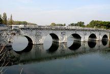 ponti - roman bridges / Pontifex =  costruttore di ponti - bridge builder  Pontifex Maximus was the most important position during the Roman Republic