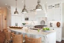 Kitchens / by Sol Garay