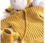 Beautiful Baby Knits / Beautiful inspirational baby knitting. Great ideas, many patterns (note that baby knitting patterns are not just in English, but include Spanish, Portuguese, Italian, Russian, Japanese and more)