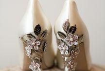 Glamorous Shoes / Ayaklarınızı muhteşem bir biçimde rahat ettirecek tarz ayakkabılar!