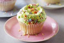 Hummingbird bakery - cakes / desserts