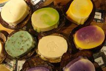 Island Soap& Candle Works / ハンドメイドのソープ/ボディケア用品専門店。 おみやげにぴったりのアイテムが見つかるはず。