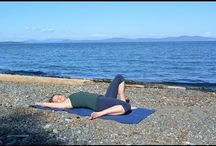 Yogis: DoYogaWithMe (Fiji McAlpine + others)