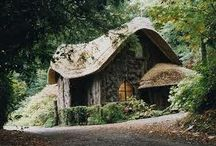 Dream home inspiration / I love old rustic cottages..