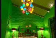 Purple & Green Bedroom / by Syania Eunzha