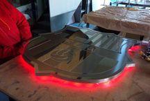 Acero retroiluminado / Letras corpóreas fabricadas en acero y retroiluminadas con leds