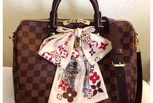 Handbag Love / Feeding the need for all things fabulous