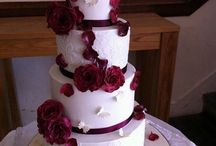 burgundy red wedding!