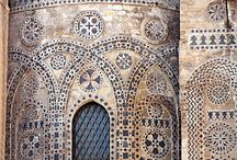 Sicily Architecture / A selection of memorable buildings and architecture examples of Sicily beauty