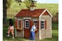 Playhouses & Picnic Tables