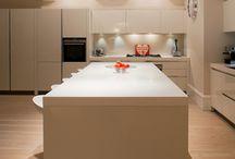 kitchen lighting / by Marina Palmer