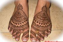 Henna / by Kayla Winters