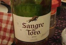 Des vins pour accompagner la charcuterie / Découvrez une sélection de vins pour accompagner nos produits de charcuterie ibérique (lomo, pata negra, jambon, chorizo, saucisson...)
