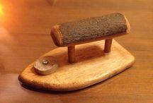 Talla y Juguetes de Madera / Pequeños útiles tallados en madera