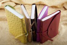 Legatoria - Bottega Mastrociliegia / Libri, quaderni, foto album, rilegati a mano uno ad uno con copertina in pelle, tela, uncinetto o legno