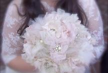 Antie Debs Wedding Inspiration board! Xx / by Becky White
