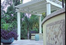Straight Line Pool Design / The strong strait lines around the pool are beautifully offset by the curved lines of the outdoor kitchen and seating wall. 5 Star Outdoor Design custom built this pool and backyard area and designed the landscape in such a way that it helps the homeowners feel like they have their own oasis away from any of their neighbors.