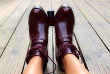Nail boots